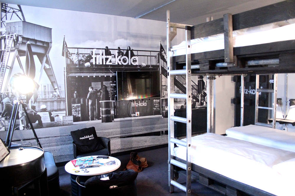 fritz bude hostel hotel in hamburg superbude. Black Bedroom Furniture Sets. Home Design Ideas